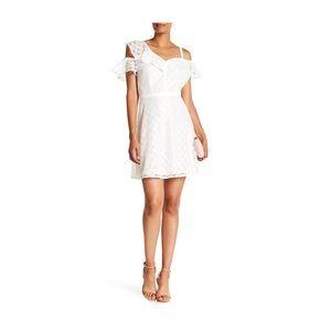 NWT Guess Cold Shoulder Lace Mini Dress Sz 6